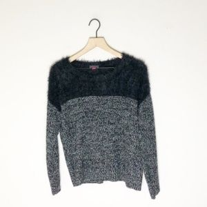 NWOT Vince Camuto Black/White Fuzzy Sweater